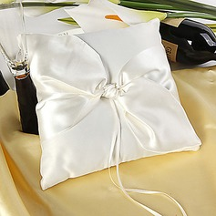 Simple Ring Pillow in Satin With Knot (103018238)