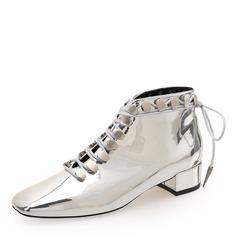 Frauen Lackleder Stämmiger Absatz Geschlossene Zehe Stiefelette Martin Stiefel mit Niete Zuschnüren Schuhe (088185179)
