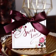 Amour doux/Style Classique Autre Carte papier Boîtes cadeaux avec Rubans (Lot de 30) (050197411)