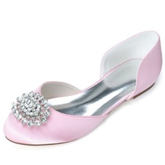 Women's Satin Flat Heel Closed Toe Flats With Imitation Pearl (047057091)