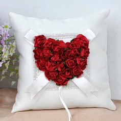 Elegant Rose Ring Pillow in Cloth With Flowers (103190786)