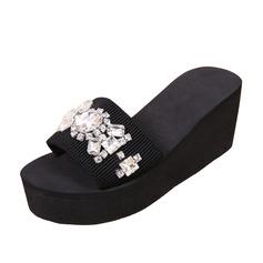 Frauen Stoff Keil Absatz Sandalen Pantoffel mit Strass Schuhe (087089790)