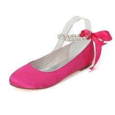 Frauen Satin Flascher Absatz Geschlossene Zehe Flache Schuhe mit Nachahmungen von Perlen (047077970)