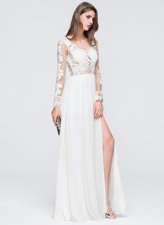 Corte A Amada Longos Tecido de seda Vestido de noiva com Frente aberta (002118455)