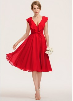 Трапеция V-образный Длина до колен шифон Платье Подружки Невесты с Бант(ы) Ниспадающие оборки (007190682)