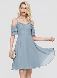 Трапеция V-образный Длина до колен шифон Коктейльные Платье с Ниспадающие оборки (016197079)